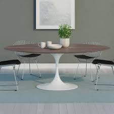 Saarinen Tulip Oval Dining Table. >