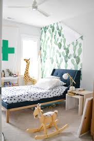 Does Removable Wallpaper Damage Paint ...