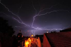 lightning facts cc by 2 0 ina Ödman flickr