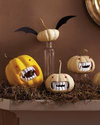Scary Pumpkin Painting 17 Ways To Decorate In Ghostly White This Halloween Brit Co