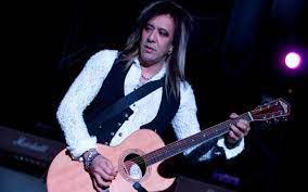 Metal-Gitarrist Jeff LaBar überraschend ...