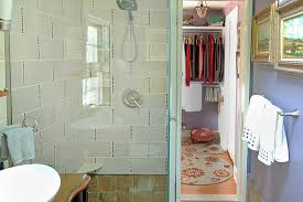 40 Remodeling Tips That Make A Small Guest Bathroom Feel Larger Adorable Bathroom Remodel Tips