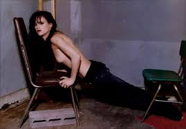 Juliette Lewis shows pussy and nude boobs