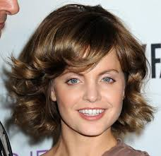 layered mid length hairstyles