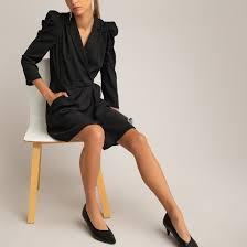 <b>Платье</b> короткое <b>прямое</b> с длинными рукавами черный <b>La</b> ...
