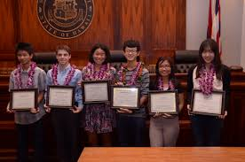 hawaii access to justice commission honors maui student for essay  last week six high school students including maui high school junior christopher kim were awarded 500 each for their entries in an essay contest on ""
