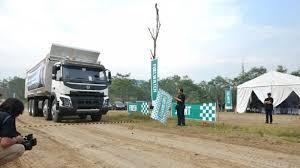 volvo trucks 2015. volvo fuelwatch 2015 teknologi canggih tak ada manfaatnya tanpa pengemudi andal trucks