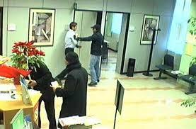 VIDEO | Cerignolani in trasferta rapinano la stessa banca 2 volte in un mese