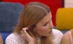 GF Vip 2020 Barbara Alberti indiscreta con Rita Rusic, copre il microfono  poi: «Amavi tuo marito?»