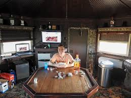 Deer Blind Interior Design Is This The Worlds Biggest Deer Stand Bowhunting Com Forums