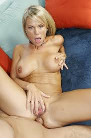 Mature Cougar Stunners Big Boobs Jiggling Pichunter Online.