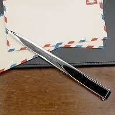 w opener letter black