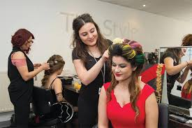 hairdressing courses and beauty therapy courses