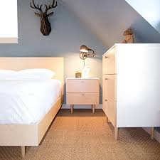 painting an accent wall in the bedroom