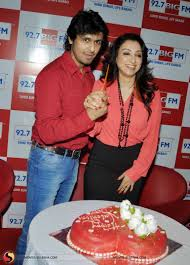 madhurima plans special valentine s day gift for husband sonu nigam pictures 10