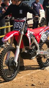 2018 honda 250f. perfect 250f from these photos it looks like this 250cc factory version got almost all  the updates 450cc model received in 2017 with a few that we havenu0027t seen  inside 2018 honda 250f