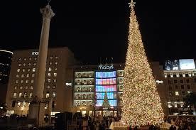 Sf Union Square Tree Lighting San Francisco Christmas Tree Favorite Places Spaces