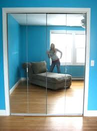 folding mirror closet doors mirrored closet doors mirrored closet doors home depot home design ideas mirrored folding mirror closet doors