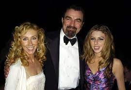 Tom Selleck and Jillie Mack's 33-Year Marriage - How Tom Selleck and Jillie  Mack Met