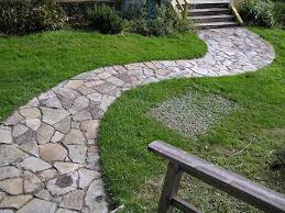 Lawn & Garden:Great Looking Garden Curvy Pathway Decoration Idea  Fascinating Garden Pathway Landscaping Ideas