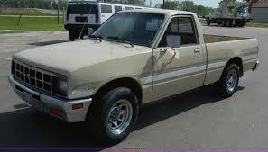 1984 Isuzu Pickup short bed truck | Item 2215 | SOLD! June 1...