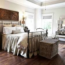 French Farmhouse Bedroom Decor