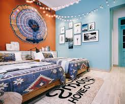 design of bohemian style bedroom decor
