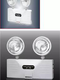 Đèn Sạc Chiếu Sáng Khẩn Cấp Kentom KT 750