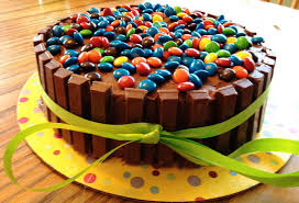 10 Most Beautiful Birthday Cakes That Are Almost Too Good To Eat