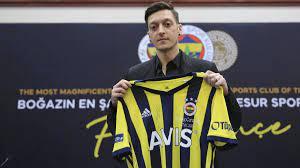 Mesut Özil: Christoph Daum warnt Ex-Arsenal-Star nach Wechsel zu Fenerbahce  Istanbul - Eurosport