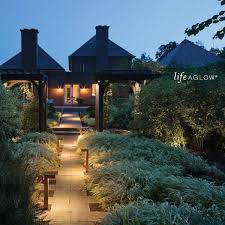 Hinkley Outdoor Path Lighting Hinkley Lighting Landscape Deck Light Hardscape Deck Light To Illuminate Exteriors And Increase Home Security Bronze Finish 1546bz