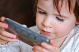 ... kid playing game on iPhone, cellphone, child, little girl, ... - 5389242291-kid-playing-game-iphone