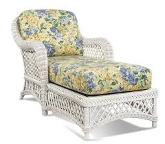 outdoor white wicker furniture nice. White Wicker Chaise Lanai Style Pinned By Httpwwwwickerparadise Outdoor Furniture Nice I