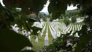 Gedenken an Srebrenica-Massaker: Begräbnis nach 25 Jahren |