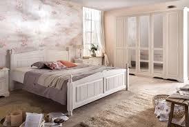 Schlafzimmer Landhausstil Pisa Kiefer Teilmassiv P02