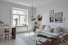 Dit Witte Appartement Ademt Rust Uit En Is Toch Knus En Gezellig