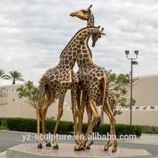 outdoor br statue life size giraffe for garden decoration