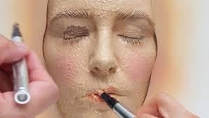 do cosmetics have more disadvanes than advanes