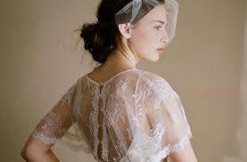 ทรงผมแตงงานทเรยบงายสำหรบผมขนาดกลาง ทรงผมแตงงานท