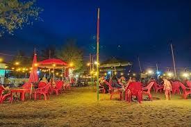Pantai celong merupakan obyek wisata yg terkanal di kabupaten batang karena keunikannya, apa keunikannya , salah satu. Pantai Sigandu Harga Tiket Masuk Spot Foto Terbaru 2021