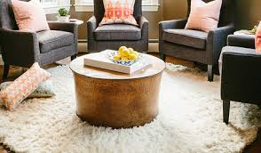Our 15 coffee table decorating tips will help you create a perfectly styled look like a pro. Rug Shape Under A Round Table