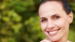 10 natural ways to look beautiful without makeup