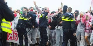 Afbeeldingsresultaat voor wapenstok politie
