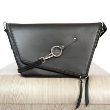 black leather satchel le messenger lady harberton