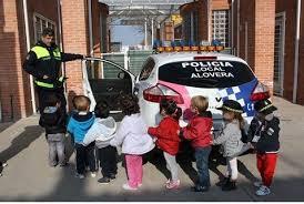 Resultado de imagen de POLICIA LOCAL NIÑOS