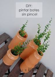 pincel pintando. pintando botes sin pincel/painting jars without brush pincel