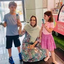 """حلا شيحة تظهر بالحجاب مع عائلتها:أخيرا لقيت التوازن وفيلم """"مش أنا"""" لا يعبر  عني - مجلة هي"""