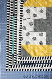 How to machine bind a quilt - beginner friendly quilting tutorial & Tips to machine bind a quilt Adamdwight.com
