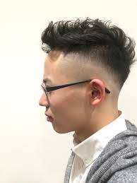 矢作レオさんのヘアスタイル 外国人風パーマフェードスタ