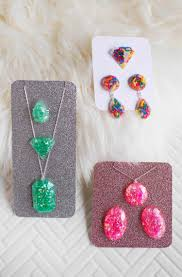 Jewelry Designs Diy 15 Diy Resin Jewelry Projects Worthy Of Gifting